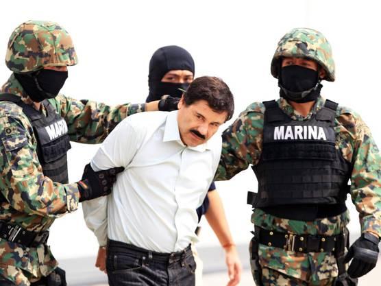 """Der mexikanische Drogenboss Joaquín """"El Chapo"""" Guzmán bei seiner Verhaftung"""