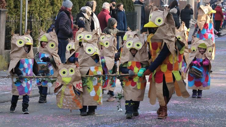 Der Kindergarten Wolfsmatt war als fröhliche Eulenschar unterwegs.