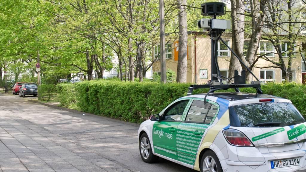 Zwischen «Pixel-Burka» und Datenschutz: 10 Jahre Google Street View