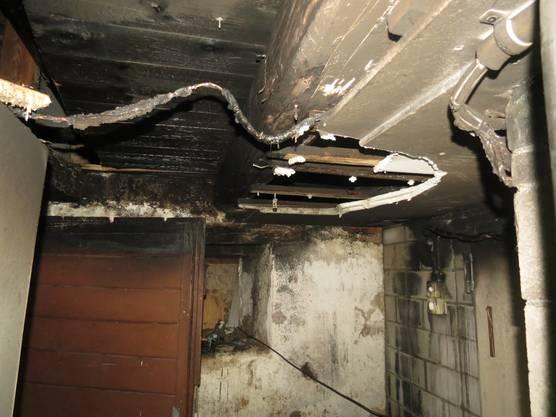 Das Feuer wurde gelöscht, bevor es sich auf den Rest des Hauses ausbreiten konnte.
