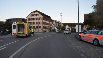 In Breitenbach erfasste ein Motorradlenker einen Fussgänger auf dem Fussgängerstreifen.