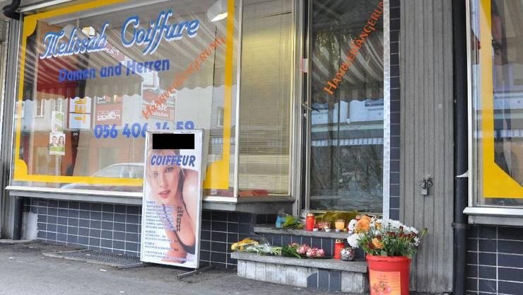 Tötungsdelikt in Wettingen: Verwandte legten am Tag nach der Tat Blumen nieder