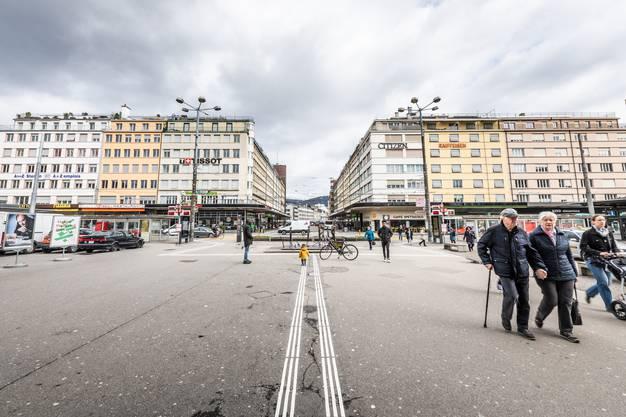 Stadtfuhrer Macht Auf Die Wichtigsten Gebaude Im Bauhaus Stil