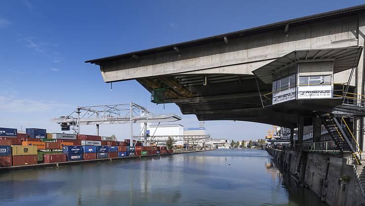 Das heutige Containerterminal stösst an seine Kapazitätsgrenzen.