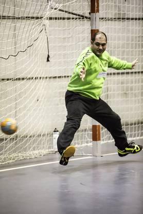 Der stark spielenden Andreas Kohlreiter (Limmat) muss ein Tor hinnehmen.