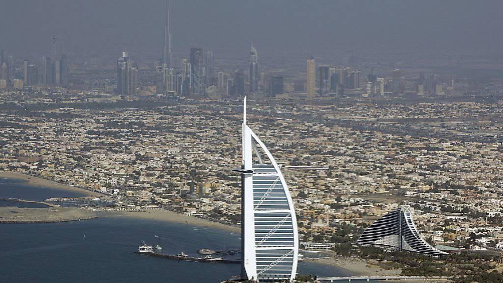 Der Versicherungskonzern Zurich zieht sich aus Märkten wie Dubai zurück (Archivbild).