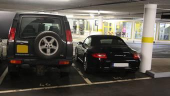 Bei grösseren Fahrzeugen wirds auch im Parkhaus Baseltor rasch einmal sehr eng im Parkplatz.