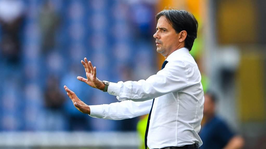 Inters Cheftrainer Simone Inzaghi ganz bei der Sache.