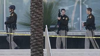 Spezialeinheiten vor dem Gerichtsgebäude in Las Vegas