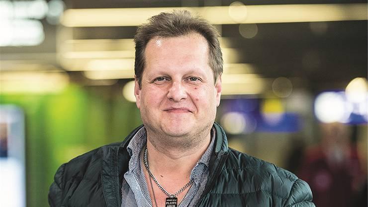 """Jens Büchner (†49) ist an Lungenkrebs gestorben. Bekannt geworden ist er 2011 als Auswanderer in der TV-Sendung """"Goodbye Deutschland""""."""