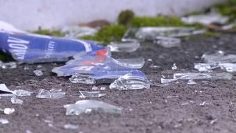 In der Nacht auf Samstag wurde in Zürich der Fussballplatz Heuried verwüstet. Der Sachschaden ist immens.
