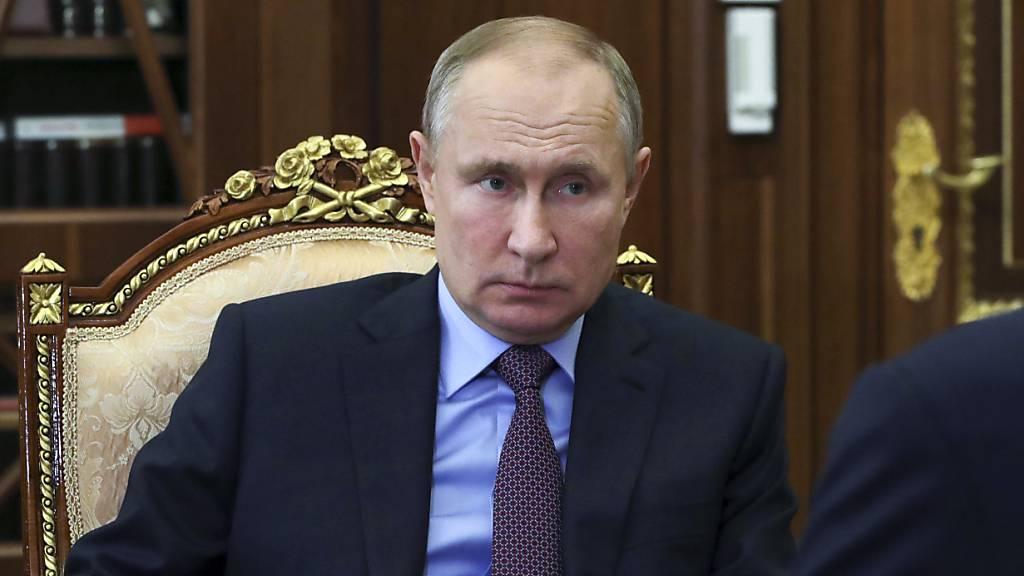 Jüngstes Nawalny-Enthüllungsvideo kostete Putin Zustimmung