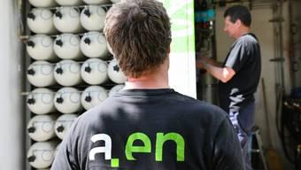 Die Mitarbeiter der Städtischen Betriebe Olten sind bei der Aare Energie angestellt. Künftig sollen diese direkt von der sbo ihren Lohn erhalten. Bruno Kissling/Archiv