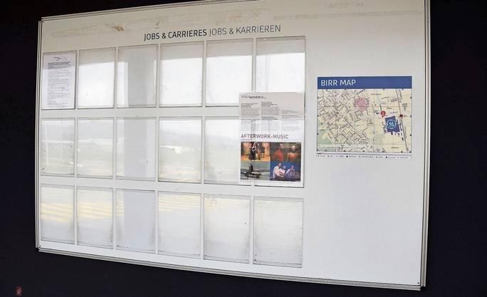 Keine neuen Jobs und Karrieren: das leere Anschlagbrett beim General-Electric-Werk in Birr.