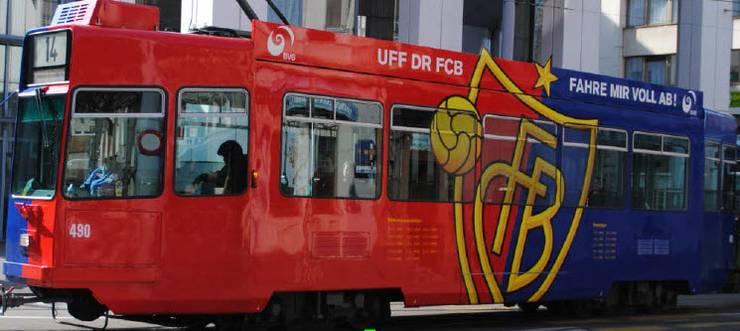Das «alte» FCB-Drämmli.