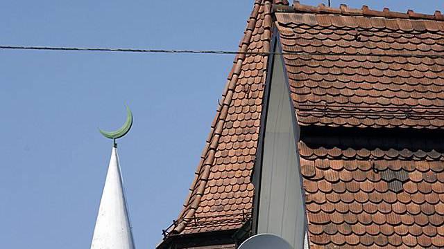 Minarett der Mahmud-Moschee in Zürich (Archiv)