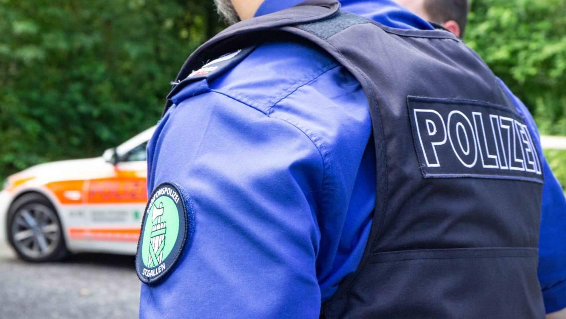 Die Kantonspolizei St.Gallen sucht nun nach Zeugen. (Symbolbild)