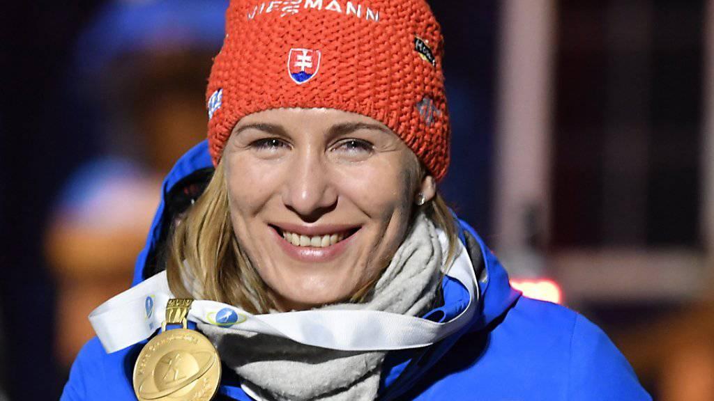 Die Sprint-Weltmeisterin Anastasia Kuzmina mit dem Siegerlächeln von Östersund.