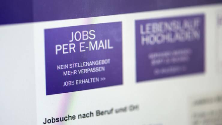 Der Job-Index misst monatlich die Zahl der ausgeschriebenen Stellen auf Internetseiten von Unternehmen. (Symbolbild)