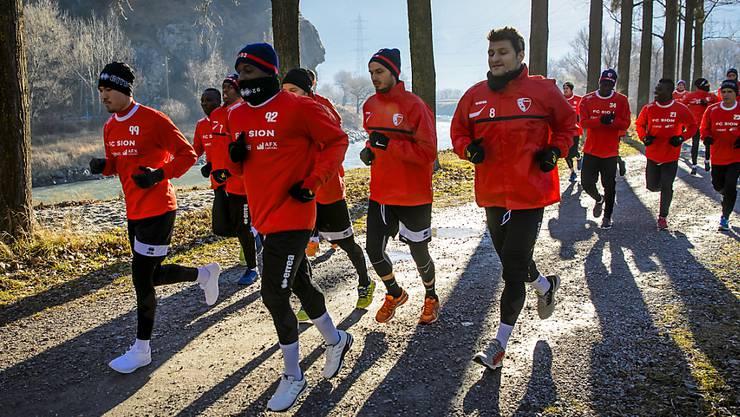 Das Kader des FC Sion erhält kurz vor dem Start zur Super-League-Rückrunde Zuwachs. Die Walliser verpflichten den 20-jährigen Mittelfeldspieler Lukas Cmelik aus der Slowakei