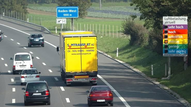 Die Luftbelastung ist im Aargau immer noch zu hoch (Symbolbild)