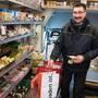 «Milchmann» Daniel Rub bringt seinen Klienten den Einkauf schon auch einmal bis ins Haus.