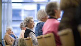 Eigentlich hätten die Rentner gut lachen: Sie wird die Reform nicht mehr betreffen. Das Loch stopfen sollen vor allem die heute 40- bis 50-Jährigen.