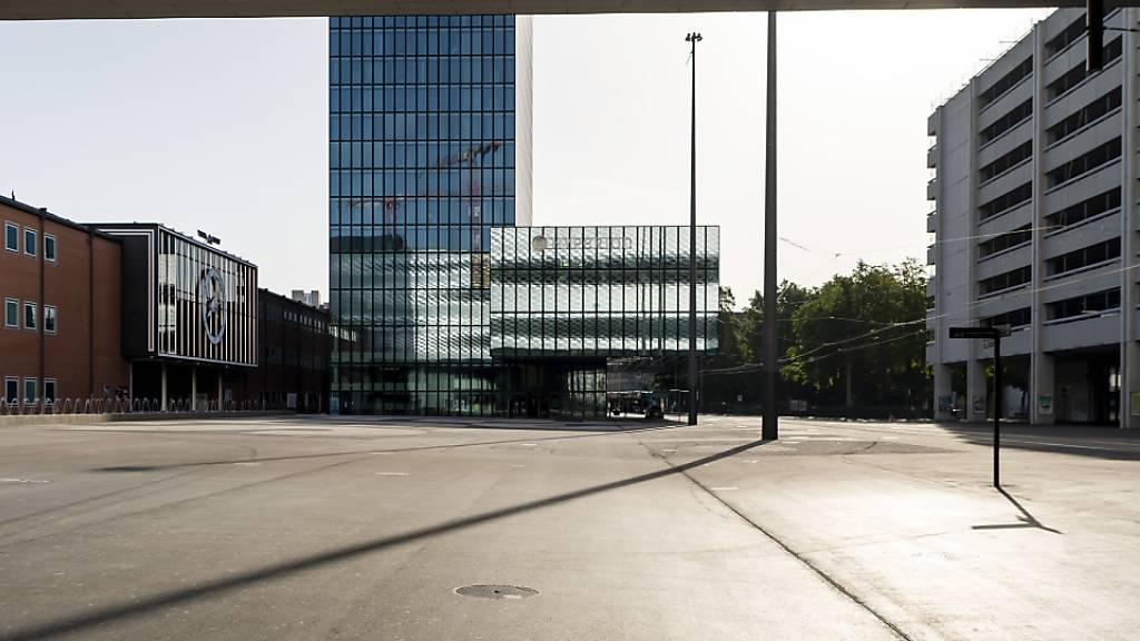 Die Messehallen der MCH Gruppe standen im vergangenen Jahr leer - im Bild die Messe Basel. (Archivbild)