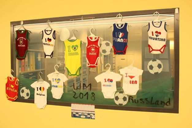 Auch auf der Gebärstation wird die WM gefeiert.