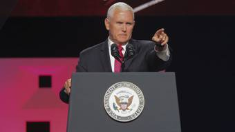 Vizepräsident Mike Pence richtet während seiner Reise klare Worte an Lateinamerikas Bevölkerung.