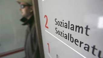Die Sozialhilfequote stieg im Aargau damit von 2,0 auf 2,1 Prozent.