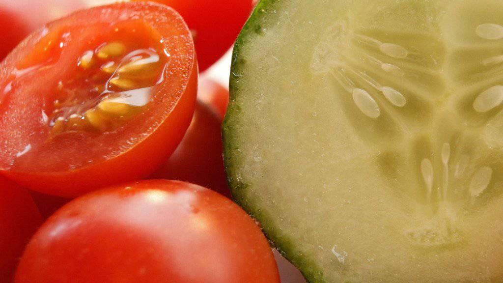Dank Aktionen konnten sich die Konsumenten im November mit günstigen Tomaten und Gurken eindecken.
