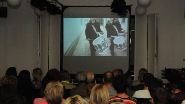 Filmpremiere im Reformierten Kirchgemeindehaus. Toni Widmer