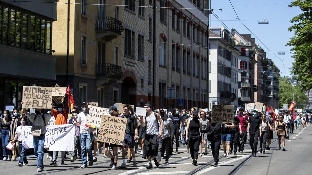 Zürcher Sicherheitsdirektorin: An Demos sollen mehr als 300 Leute teilnehmen dürfen