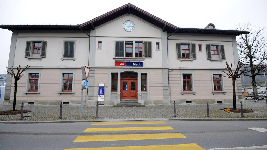 Am Bahnhof Bischofszell wurde der Mann angegriffen.