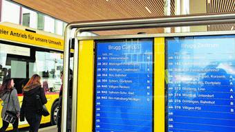 Ab Brugg Bahnhof verkehren künftig mehr Postautos Richtung Birr und Lauffohr.