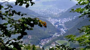 Blick ins Waldenburgertal mit dem Bezirkshauptort (vorne), Oberdorf und Niederdorf. (Archivbild)