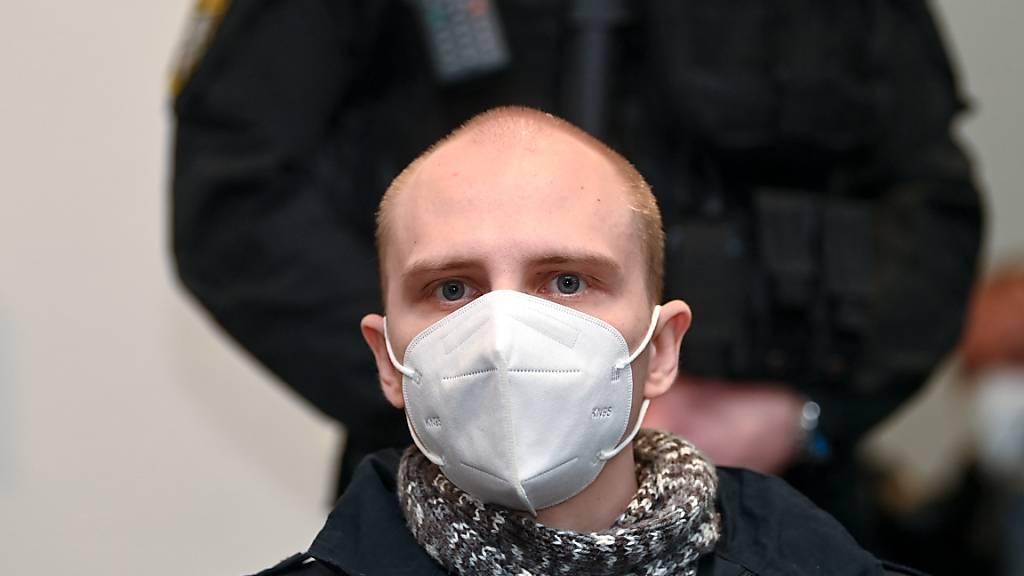 Der Angeklagte Stephan Balliet sitzt am 26. Prozesstag im Saal des Landgerichts. Foto: Hendrik Schmidt/dpa-Zentralbild-POOL/dpa