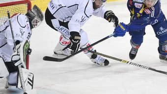 Seit eineinhalb Saisons bei Lugano: Nun wechselt Verteidiger Benoit Jecker (mi.) zu Fribourg-Gottéron