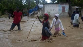 Nach der Sturm: Viele Strassen in Port-au-Prince sind überschwemmt