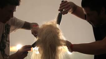 Als Kind im Dorf wollte sich unser Redaktor Jörg Meier seine Haare nur von Pietro schneiden lassen. (Symbolbild)