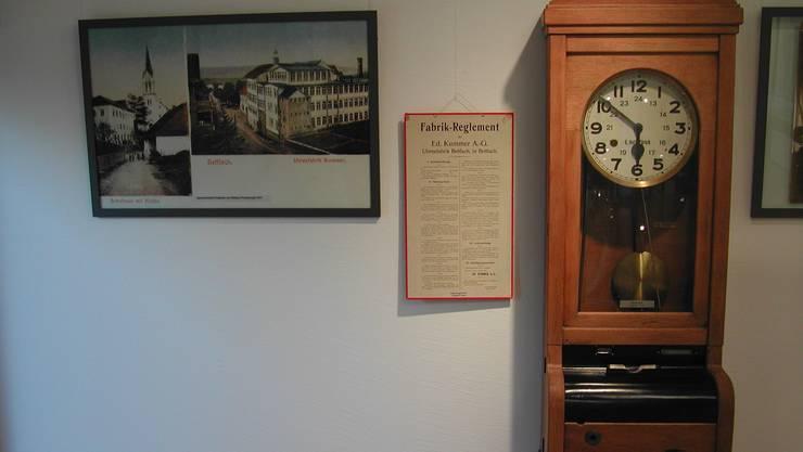 Arbeitszeitkontrolle und -bewirtschaftung: Nicht erst in der Neuzeit ein Thema, wie diese alte Stempeluhr beweist.