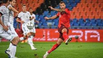 Das 1:1 nur auf dem Aussenrist: weil Haris Seferovic den Ball nicht richtig trifft.