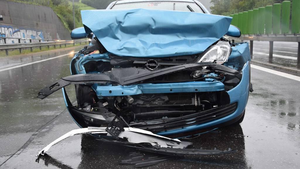 Mehrere Verletzte bei Unfällen auf der Brünigstrecke