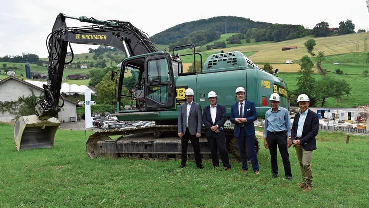 Die Verantwortlichen freuten sich über den Baustart für das Millionenprojekt.
