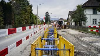 Die Gemeinde rechnete für 2019 mit Investitionen von über 15 Millionen Franken, gab schliesslich aber nur gut 9 Millionen Franken aus. Grund dafür waren die Infrastrukturprojekte in Zusammenarbeit mit dem Kanton, beispielsweise an der Badener- und Zürcherstrasse, wo es zu Verzögerungen kam.