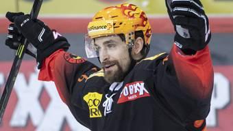 Berns Mark Arcobello erzielte auswärts gegen Kärpät Oulu in der Verlängerung den 3:2-Siegtreffer