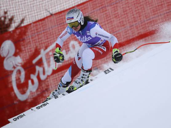 Corinne Suter fuhr im zweiten Abfahrtstraining in Cortina d'Ampezzo Bestzeit