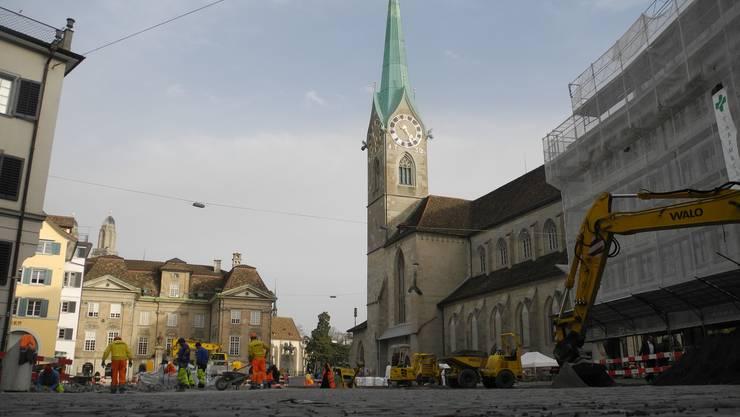 Fraumünster und Münsterhof bildeten im Mittelalter Zürichs Machtzentrum.
