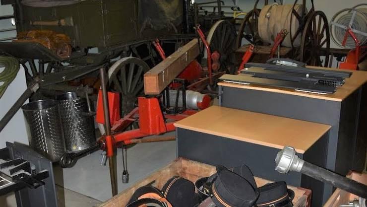 «Die Gemeinde könnte für den Besuch Eintritt verlangen»: Eingelagertes altes Feuerwehr-Material in der Zivilschutz-Anlage Tulpenweg in Allschwil.